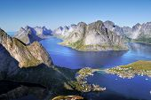 image of reining  - View of the bay near the village of Reine - JPG