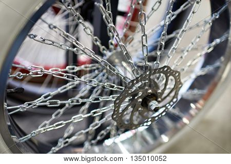 Custom Wheel With Spokes Chains For Bicycle