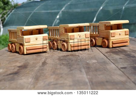 WOODEN BUSES, toys COMPLETELY ECOLOGICAL AND SAFE FOR CHILDREN