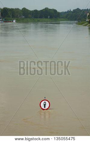 Polnad Kraków flooded Vistula/Wisła river embankments no entry sign over the water