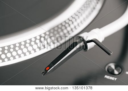 turntable headshell and platter dots