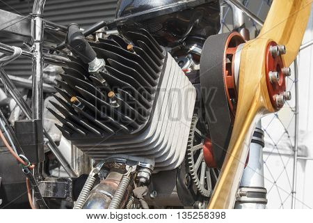 Engine 2 stroke of para-mortor or para-glider