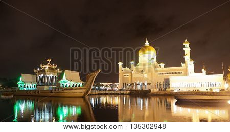 Long exposure at the night of the Sultan Omar Ali Saifuddin Mosque in Bandar Seri Begawan, Brunei.