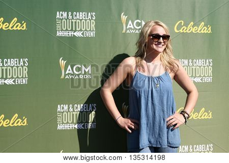 ARLINGTON, TX - APR 18:Jamie Lynn Spears attends the ACM & Cabela'??s Great Outdoor Archery Event during the 50th Academy Of Country Music Awards at the Texas Rangers Youth Ballpark on April 18, 2015.