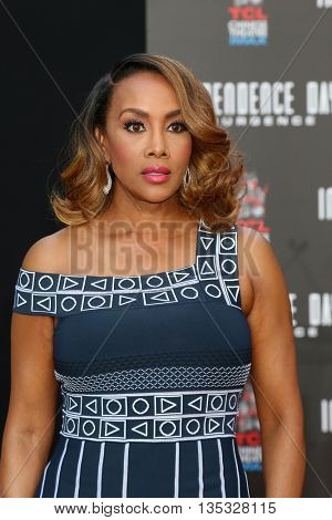 LOS ANGELES - JUN 20:  Vivica A. Fox at the Roland Emmerich Hand And Footprint Ceremony at the TCL Chinese Theater IMAX on June 20, 2016 in Los Angeles, CA