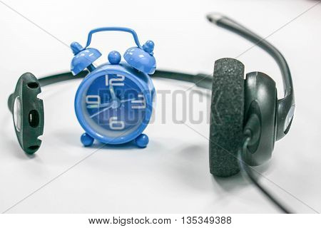 Conceptual icon of telemarketing with deadline in white background