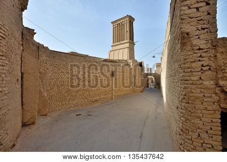 Architecture of Yazd. Yazd is the capital of Yazd Province Iran and a centre of Zoroastrian culture.