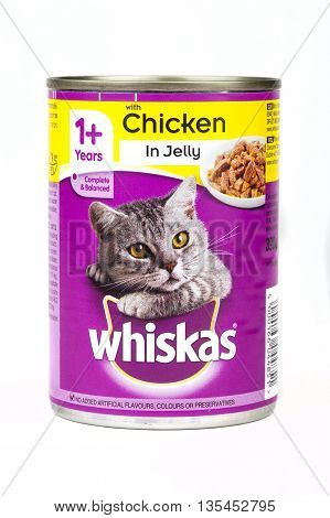 LONDhttp://www.bigstockphoto.com/account/uploads/contribute?edit=135452795#categoriesON UK - JUNE 16TH 2016: A tin of Whiskas Cat food pictured over a plain white background on 16th June 2016. The Whiskas brand is owned by American company Mars Incorporat