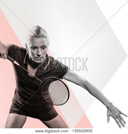 Badminton player playing badminton against rosa beige and white