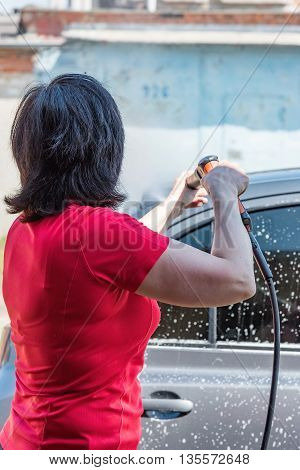 Women Car Washes Automatic High Pressure