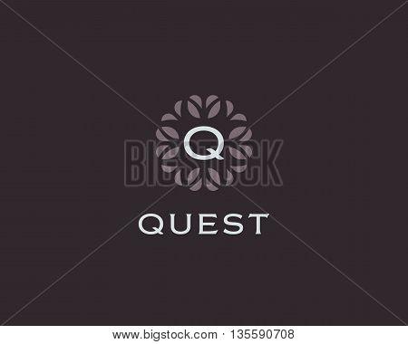 Premium monogram letter Q initials logo. Universal symbol icon vector design. Luxury abc leaf logotype