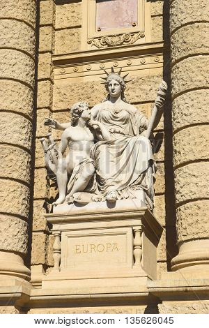 allegorical statue of Europe on the facade of Museum of Natural History of Vienna (Naturhistorisches Museum Wien, circa 1889). Vienna, Austria