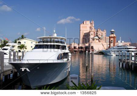 Luxury Marina And Resort
