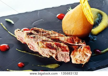 meat fillet with pear