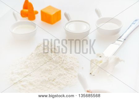 ingredients for cake
