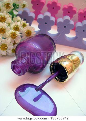 violet nail polish