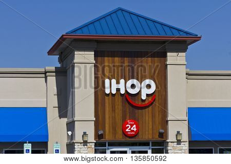 Indianapolis - Circa June 2016: International House of Pancakes. IHOP is a Restaurant Chain Offering a Variety of Breakfast and Dinner Meals III