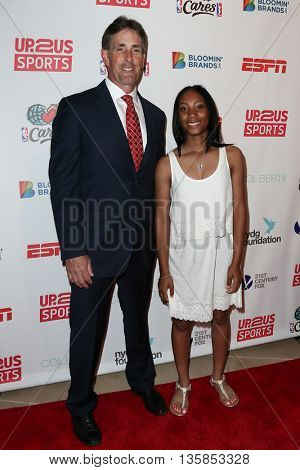 NEW YORK, NY-JUNE 3: Anderson Monarchs baseball coach Steve Bandura (L) and pitcher Mo'ne Davis attend the 2015 Up2Us Sports Gala at IAC Building on June 3, 2015 in New York City.