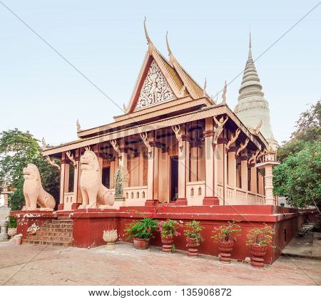 buddhist temple named Wat Phnom in Phnom Penh located in Cambodia