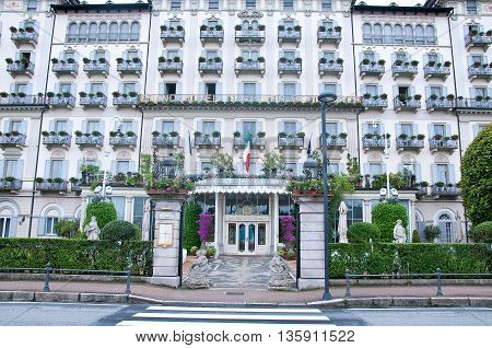 30 may 2016-stresa-italy-view of the exterior facade of Hotel Grand Hotel Des Iles Borromees