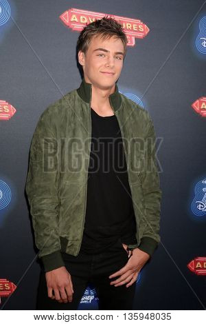 LOS ANGELES - JUN 23:  Kevin G Quinn at the 100th DCOM Adventures In Babysitting LA Premiere Screening at the Directors Guild of America on June 23, 2016 in Los Angeles, CA