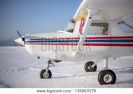 Light sport aircraft in winter before being prepared for take off