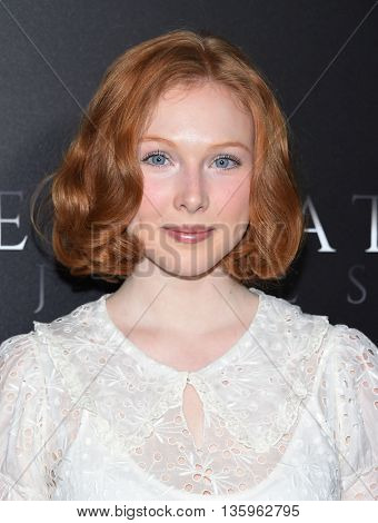LOS ANGELES - JUN 21:  Molly Quinn arrives to the