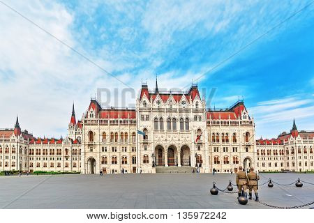 Budapest, Hungary-may 04, 2016: Soldiers Near Hungarian Parliament Main Entrance. Panoramic View.