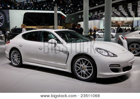 FRANKFURT - SEP 17: Porche Diesel car shown at the 64th Internationale Automobil Ausstellung (IAA) on September 17, 2011 in Frankfurt, Germany.