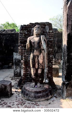 Ancient Buddha Statue  In Polonnaruwa - Vatadage Temple, Unesco World Heritage Site In Sri Lanka