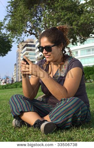 Peruvian Woman Text Messaging