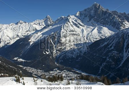 winterly valley of Chamonix