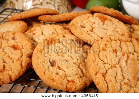 Cookies With Buttery, Brittle, Bits