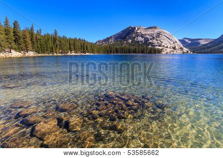 Yosemite National Park, View Of Lake Tenaya (tioga Pass), California
