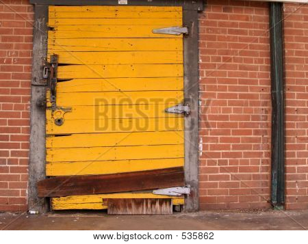 Yellow Door Red Trim 3