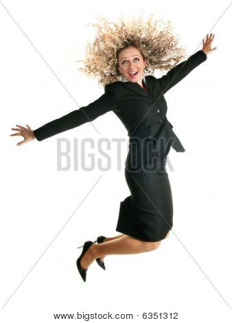 Excitada mujer de negocios de salto