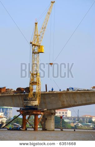 Bau der Brücke