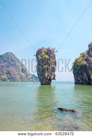 Ko Tapu Rock On James Bond Island