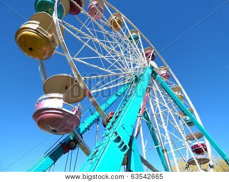 Tall Turquoise Ferris Wheel