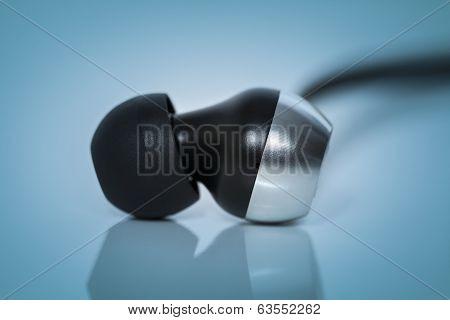 earphones Macro