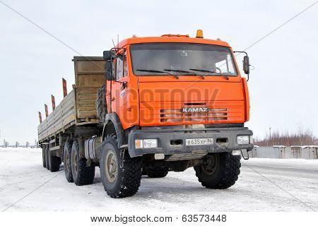 Kamaz 44108