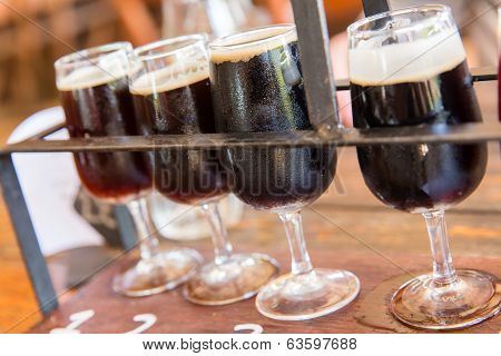Dark beer tasting