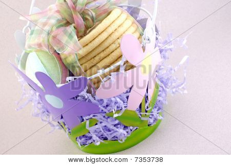 Flower Easter Basket With Cookies