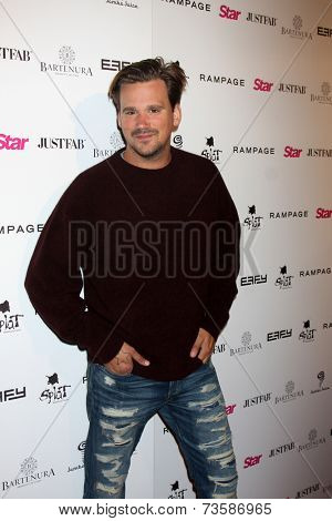 LOS ANGELES - OCT 9:  Sean Stewart at the Star Magazine Scene Stealers Event at Lure on October 9, 2014 in Los Angeles, CA