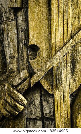Wooden Detail Violinist