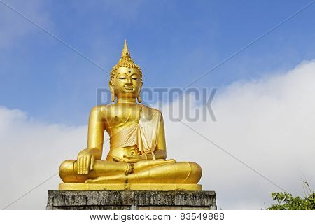 Sculpture Gold Buddha Outdoor