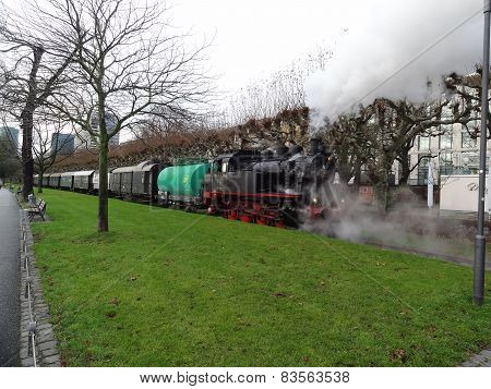 The steam train Frankfurt's