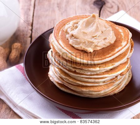 American Pancakes With Peanut Butter