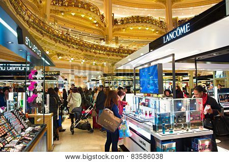 Lafayette Luxury Mall, Paris