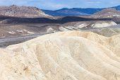 pic of arid  - the hottest arid desert in the USA - JPG